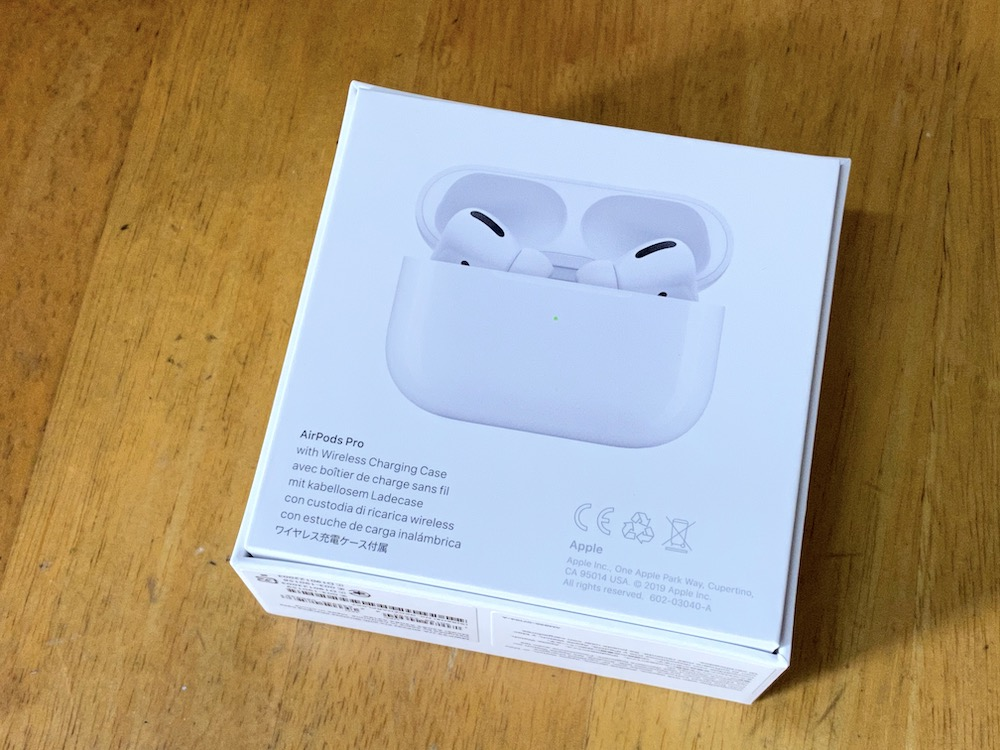 AirPods Pro。外箱の背面