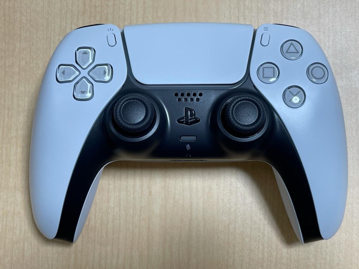 PS5のコントローラー