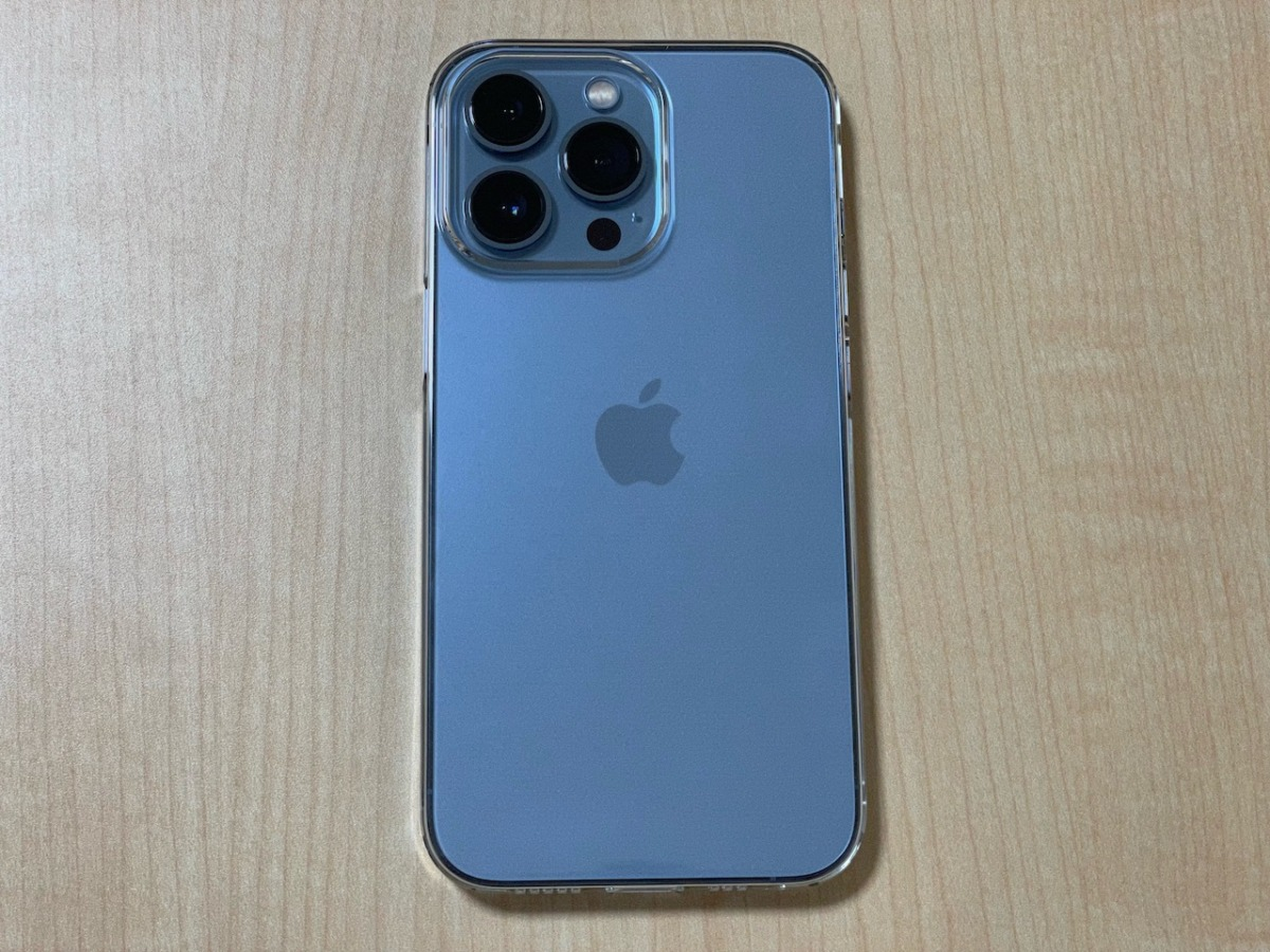 iPhone 13 Proに装着